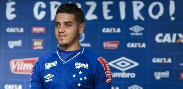 Messidoro foi apresentado oficialmente e vestirá a camisa de número 18 do Cruzeiro