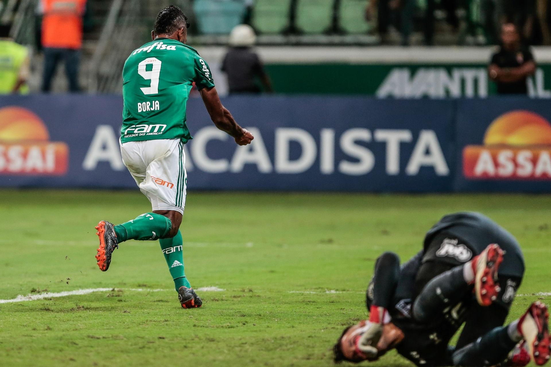 a6af74ddde Palmeiras passeia no 1º tempo