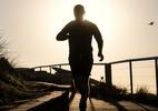 Aquecimento rápido ajuda a evitar lesões na corrida - Brook Mitchell/Getty Images