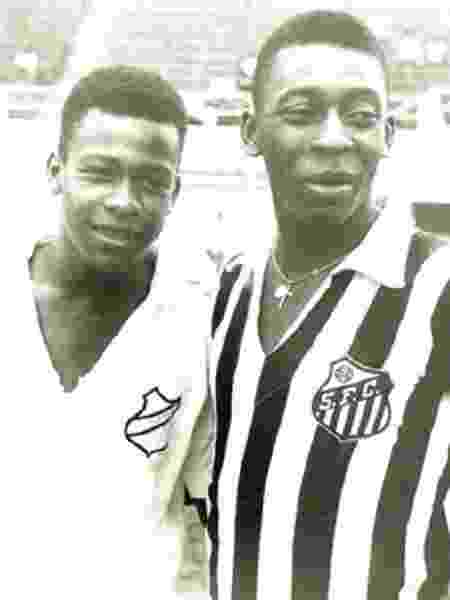 Zoca ao lado de irmão Pelé - Arquivo