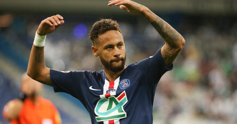 Neymar comemora seu gol contra o Saint-Étienne na decisão da Copa da França