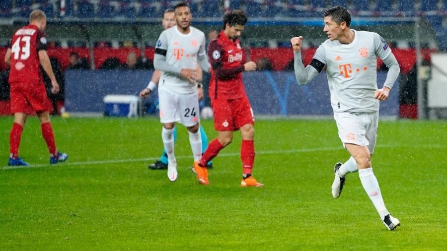 Lewandowski marca duas vezes na goleada do Bayern de Munique sobre o Red Bull Salzburg - M. Donato/FC Bayern/Getty Images