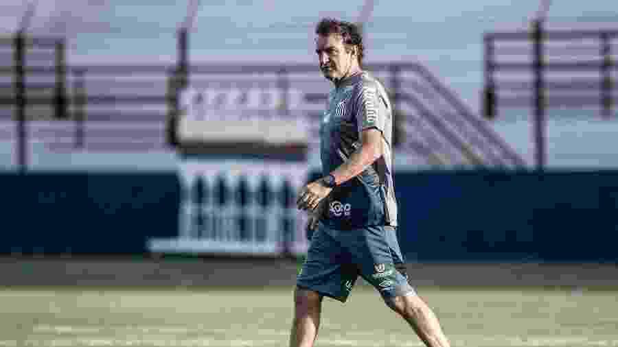 Cuca comanda treino tático do Santos - Ivan Storti