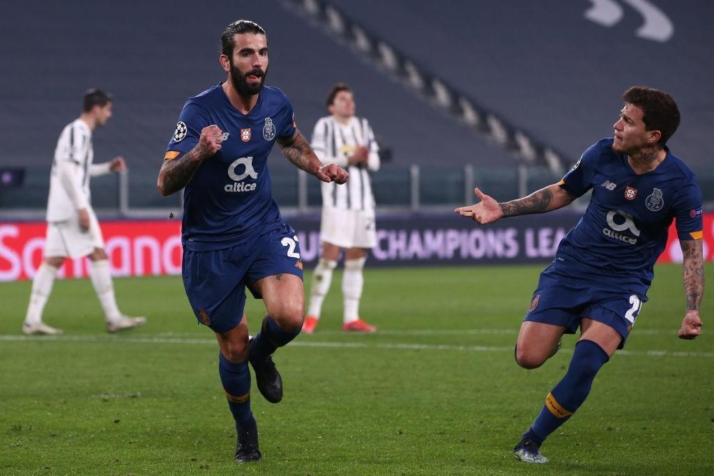 Porto Perde Na Italia Mas Elimina A Juve E Avanca Na Champions