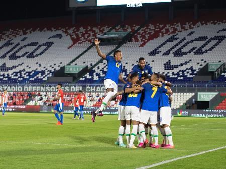 Brasil Vence O Paraguai Por 2 A 0 Encerra Tabu E Dispara Nas Eliminatorias 08 06 2021 Uol Esporte