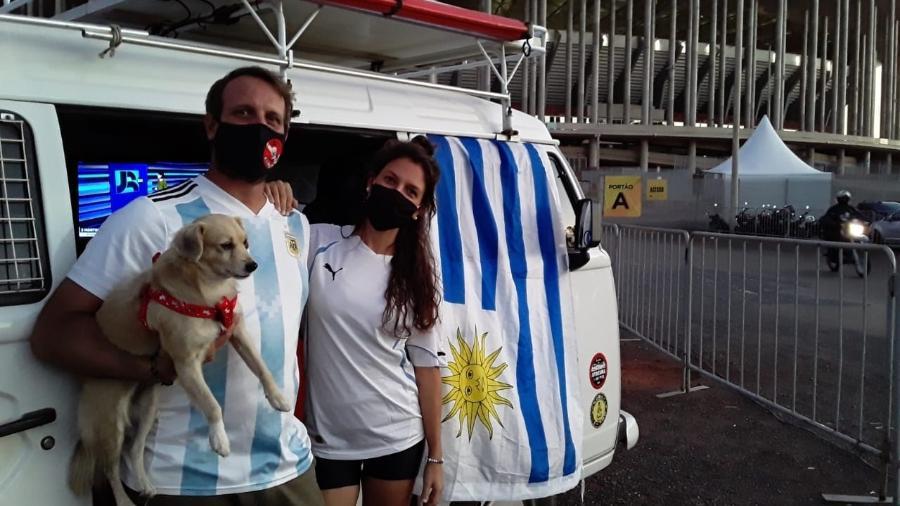 Mauro e Mayra, casal de viajantes, fez 17 mil Km pelo Brasil nesta Kombi - Marinho Saldanha/UOL Esporte