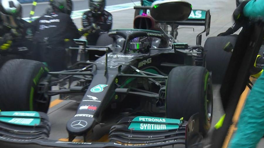 O polêmico pit stop de Lewis Hamilton no GP da Turquia, a oito voltas do fim da corrida  - Fórmula 1