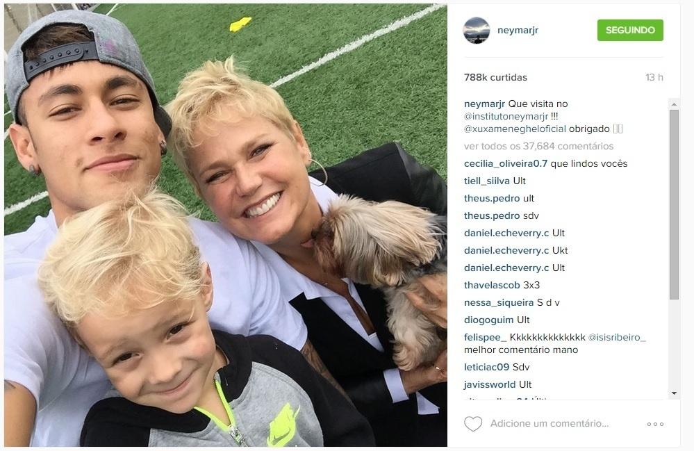 Xuxa visita o Instituto de Neymar