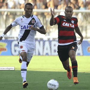 Madson e Emerson Sheik disputam lance no clássico Vasco x Flamengo - Paulo Fernandes/Vasco.com.br