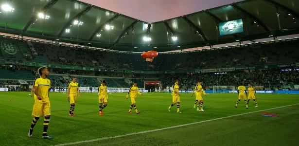 Estádio do Wolfsburg foi esvaziado a uma hora da partida