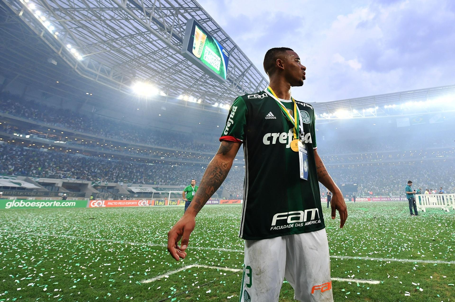 fc5c860c09 Gabriel Jesus volta ao lugar em que estreou e se despediu como São Marcos -  Esporte - BOL