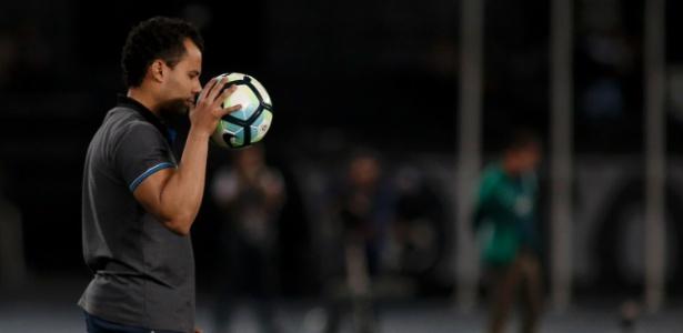 Técnico Jair Ventura terá dias de muito trabalho no Botafogo