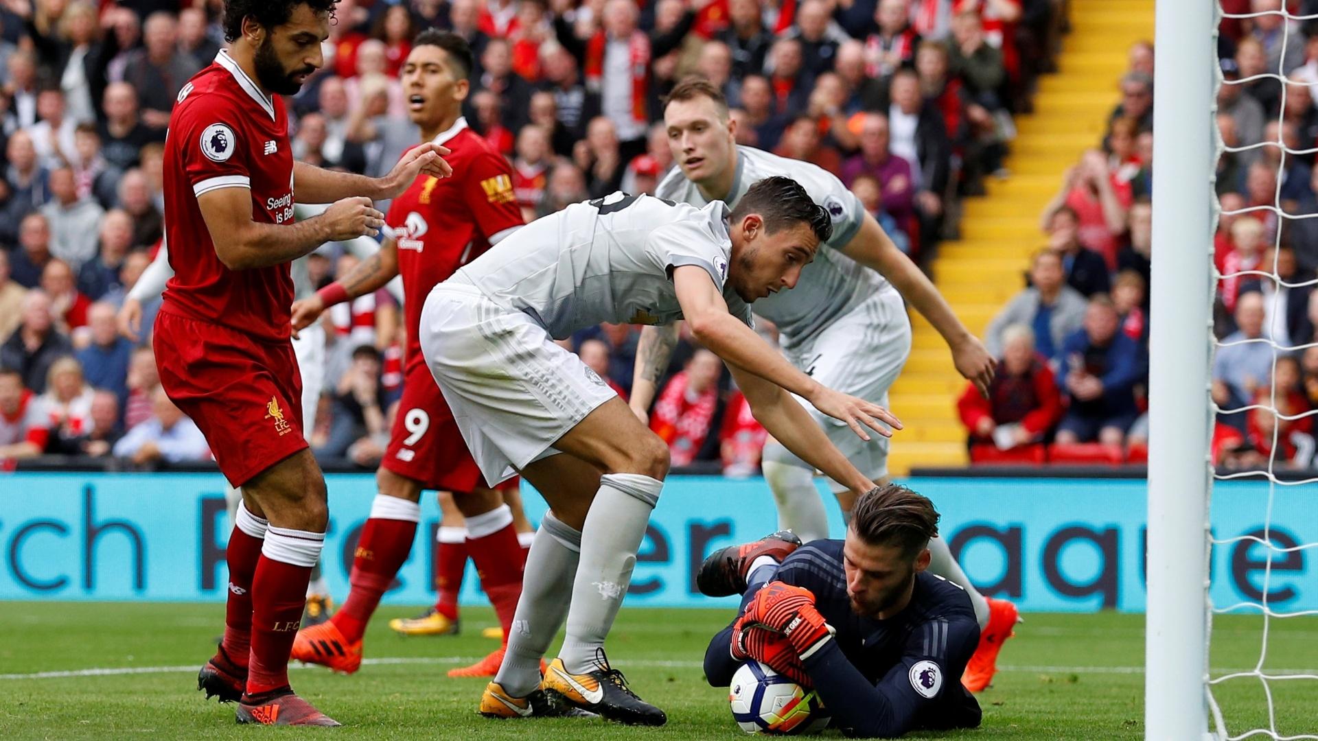 De Gea faz uma defesa para o Manchester United contra o Liverpool