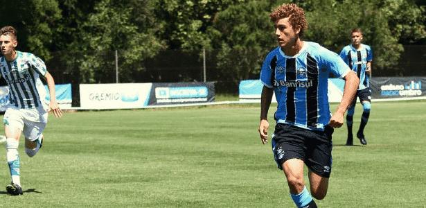 Grêmio reforma time B e aposta em Brasileiro sub-23 de olho em 2019 ... faa55a0d823ce