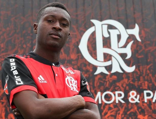Marlos Moreno chegou ao Flamengo em 2018 e vem sendo utilizado por Barbieri