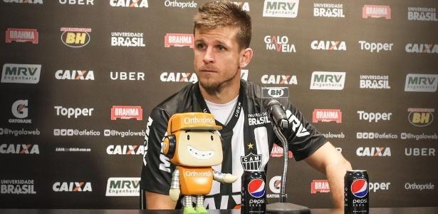 Volante assinou por empréstimo até o fim do ano; Atlético terá opção de compra
