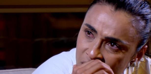 Marta chora ao lembrar de preconceito que enfrentou no começo no futebol - Reprodução Globo