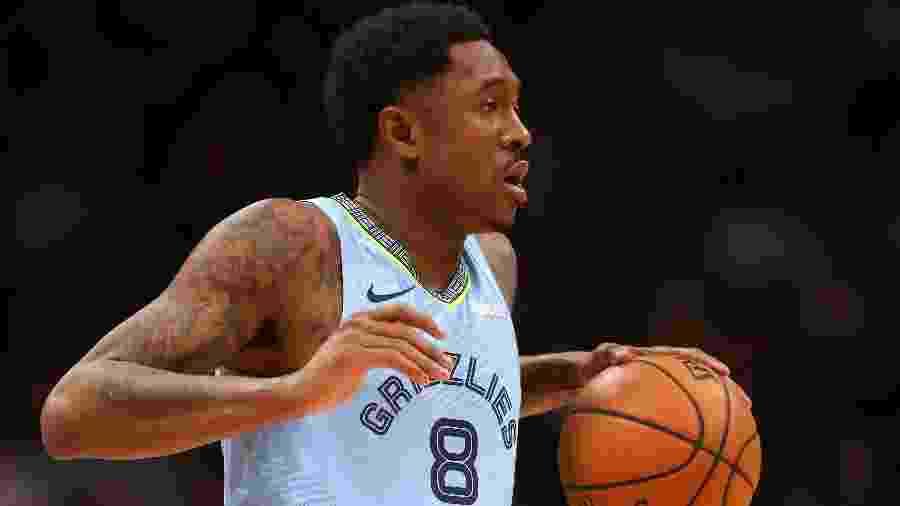 MarShon Brooks em ação pelo Memphis Grizzlies contra o Denver Nuggets - Matthew Stockman/Getty Images/AFP