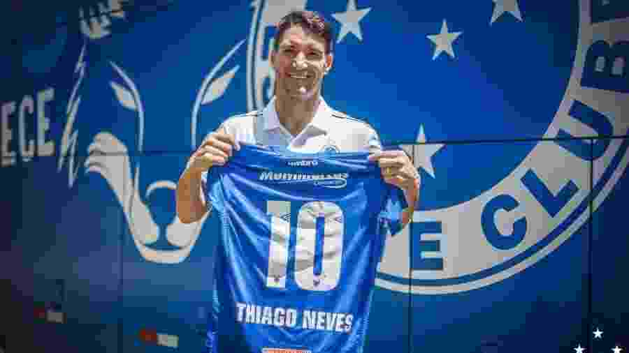 813bebede4 Cruzeiro adota cautela e prepara Thiago Neves para estreia da Libertadores