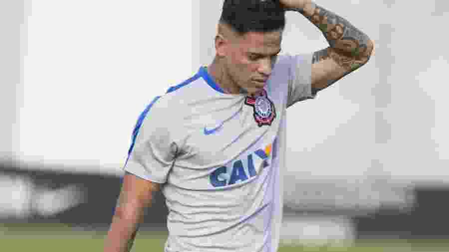 Giovanni Augusto tem contrato com o Corinthians até dezembro, mas não deve mais vestir a camisa alvinegra - Daniel Augusto Jr/Ag. Corinthians