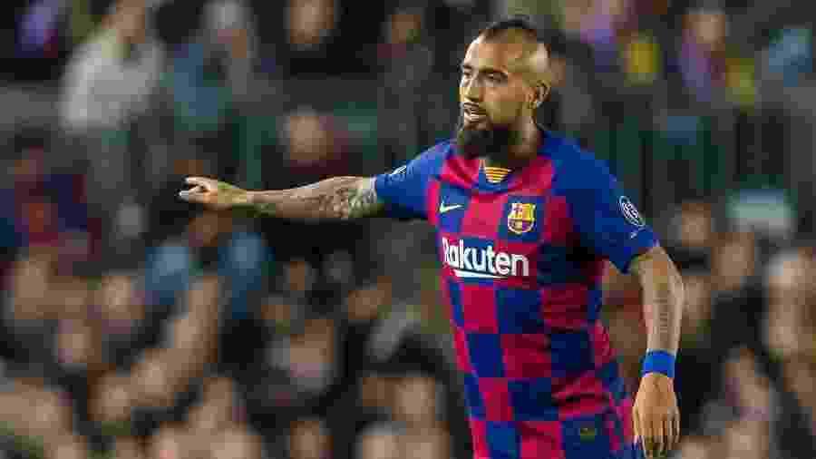 Arturo Vidal deve sair do Barcelona na próxima janela de transferências - TF-Images/Getty Images