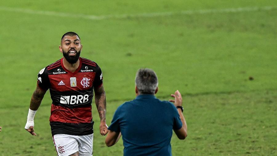 Técnico prioriza físico e mantém rodízio no Flamengo