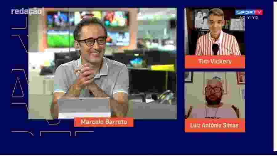 Tim Vickery brinca com André Rizek após anúncio de gravidez de Sadi - Reprodução/SporTV