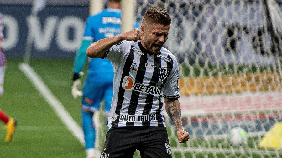 Eduardo Sasha é alvo do Fluminense no mercado da bola; atacante do Atlético-MG se animou com interesse do Tricolor - Alessandra Torres/AGIF