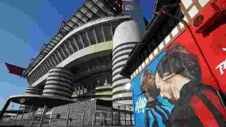O mural pintado no lado de fora do Giuseppe Meazza - Claudio Villa./Getty Images - Claudio Villa./Getty Images