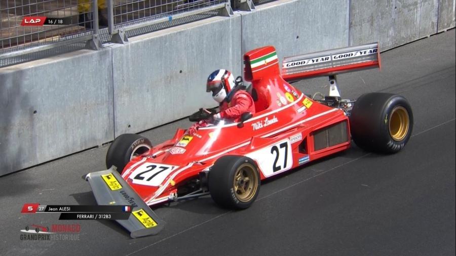 Jean Alesi deixa a Ferrari 312B3 após acidente no GP Histórico de Mônaco - Reprodução