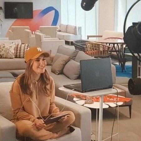 Claudia Leitte em gravação de quadro no Esporte Espetacular - Reprodução/Instagram