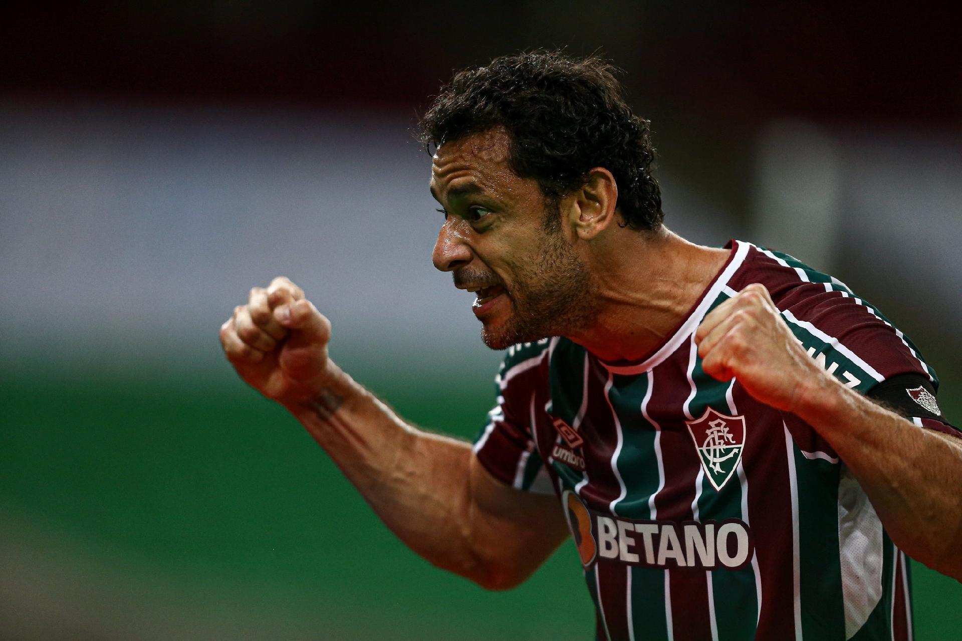 Fred celebra o seu gol na vitória do Fluminense sobre o Cerro, pela volta das oitavas da Libertadores
