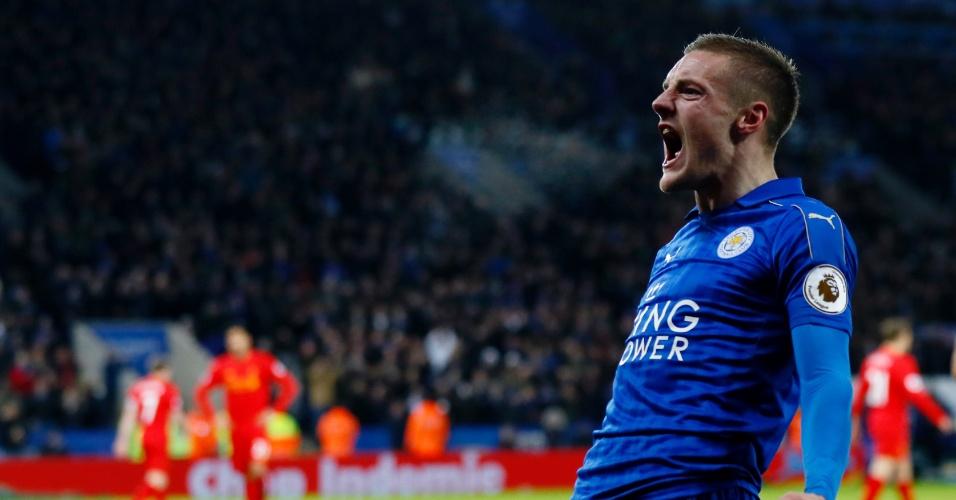 Vardy comemora o seu primeiro gol contra o Liverpool