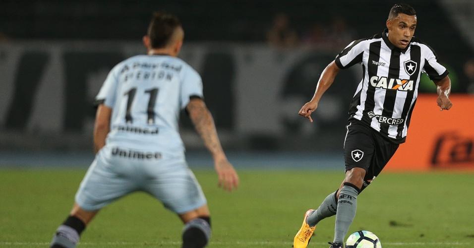 Arnaldo em Botafogo x Grêmio