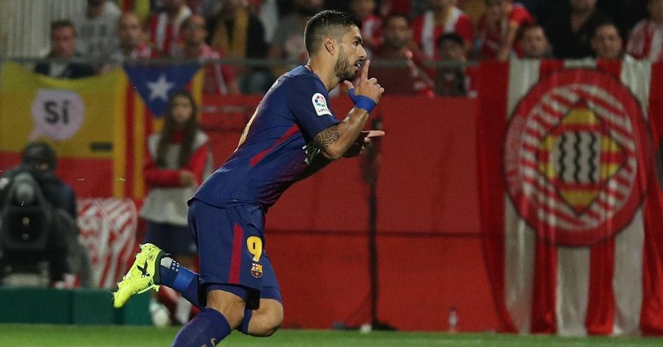 Suárez comemora gol do Barcelona contra o Girona