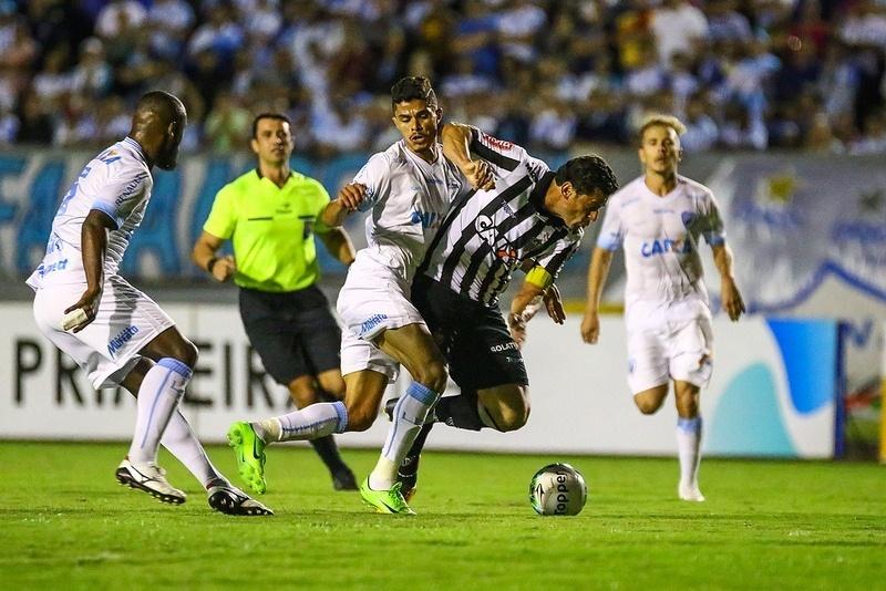 Fred ganhou a braçadeira de capitão do Atlético-MG, como sinal de confiança do treinador