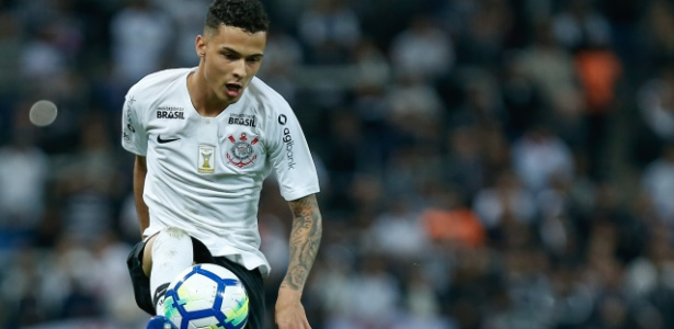 db8b58f44c Jair monta Corinthians com Thiaguinho e Vital de titulares  veja ...