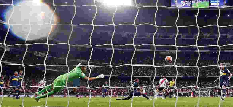 Boca Juniors e River Plate disputaram a final da Copa Libertadores 2018 em Madrid (Espanha) após confusão em Buenos Aires - JuanJo Martin/EFE