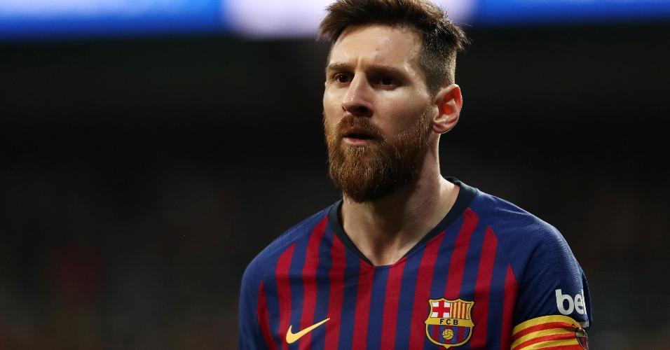 Messi no jogo de Real Madrid contra Barcelona pela