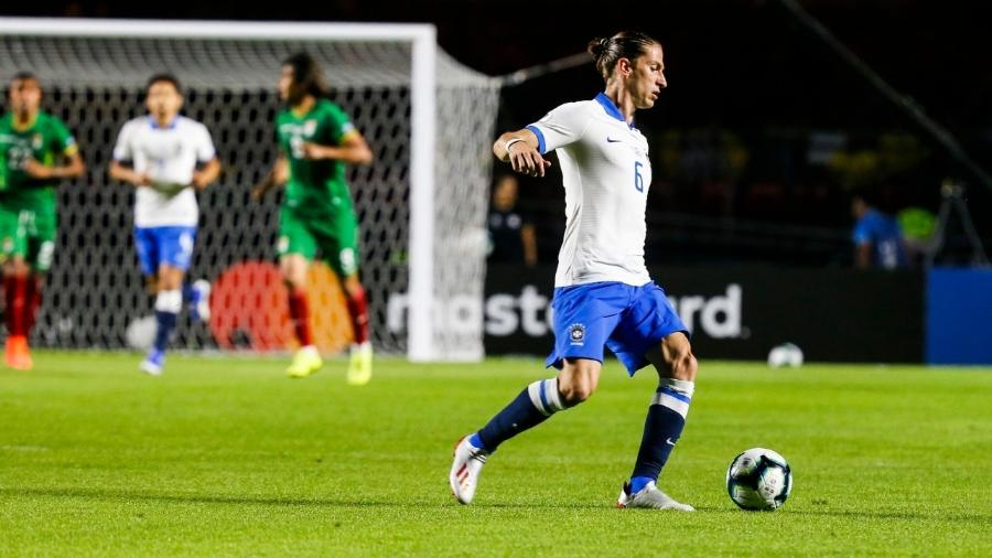Filipe Luís durante Brasil x Bolívia na estreia da Copa América - Lucas Lima/UOL