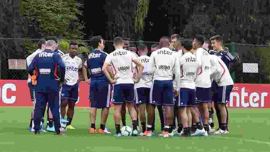 Técnico Fernando Diniz comanda treino no São Paulo - Rubens Chiri / saopaulofc.net