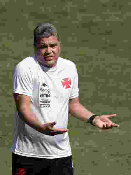 Marcelo Cabo comandou o Vasco até a 12ª rodada da Série B - Jorge Rodrigues/AGIF - Jorge Rodrigues/AGIF