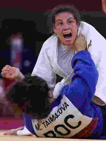 Maria Portela na luta contra Madina Taimazova no judô dos Jogos Olímpics Tóquio 2020 - Getty Images - Getty Images