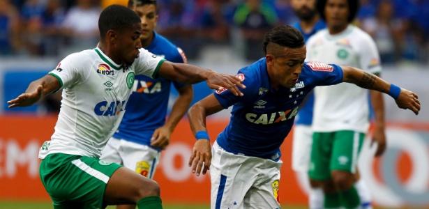 Cruzeiro estuda pelo menos entrar em campo com a camisa da Chapecoense no Mineirão