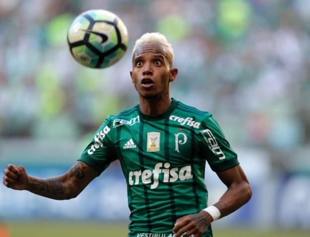 Tchê Tchê será quem mais atuou pelo Palmeiras no Brasileirão