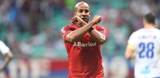 Patrick ficou fora da atividade desta sexta-feira e pode perder a partida com o Cruzeiro - Ricardo Duarte/SC Internacional