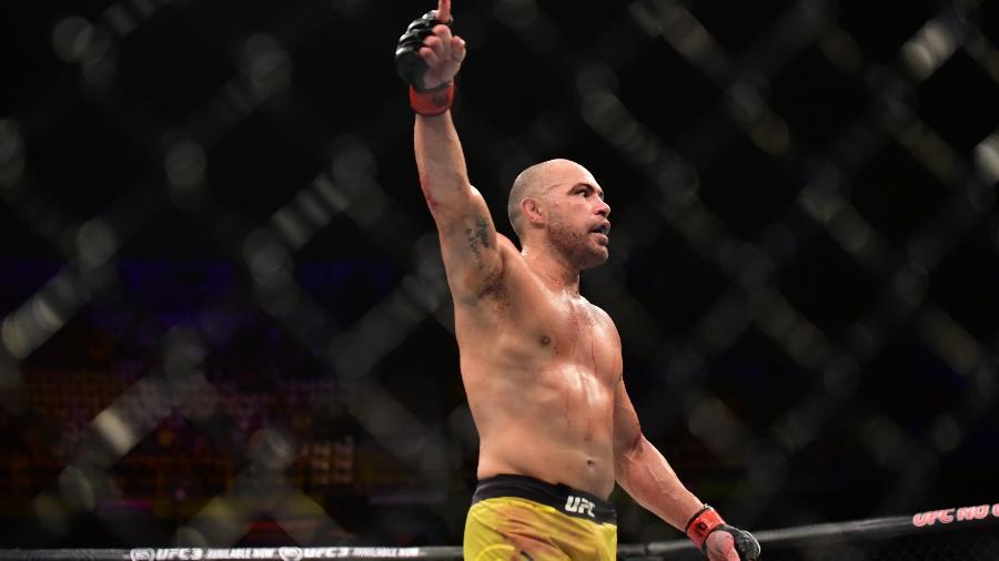 Em despedida do UFC, Thales Leite comemora vitória sobre Hector Lombard em São Paulo - Leandro Bernardes/Ag. Fight