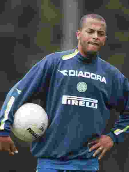André Neles em 2003 pelo Palmeiras - FERNANDO SANTOS/FOLHA IMAGEM