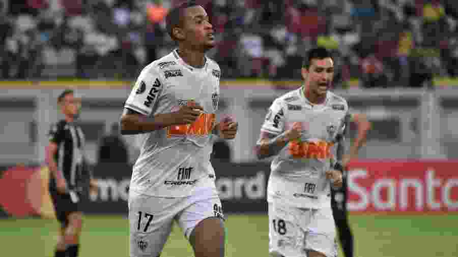 Alerrandro comemora seu gol pelo Atlético-MG contra o Zamora pela Libertadores - Juan BARRETO / AFP