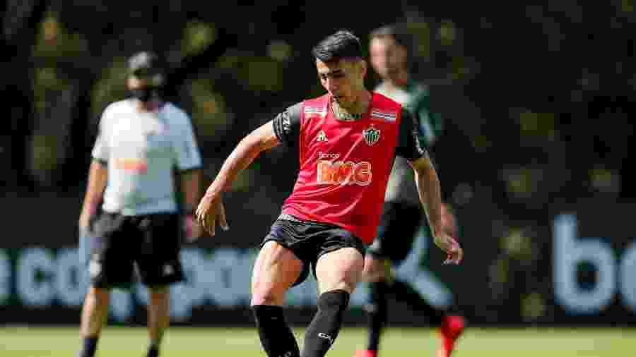 Junior Alonso, zagueiro do Atlético-MG, será titular diante do América-MG, na volta do Mineiro em meio à pandemia - Bruno Cantini / Divulgação / Atlético-MG